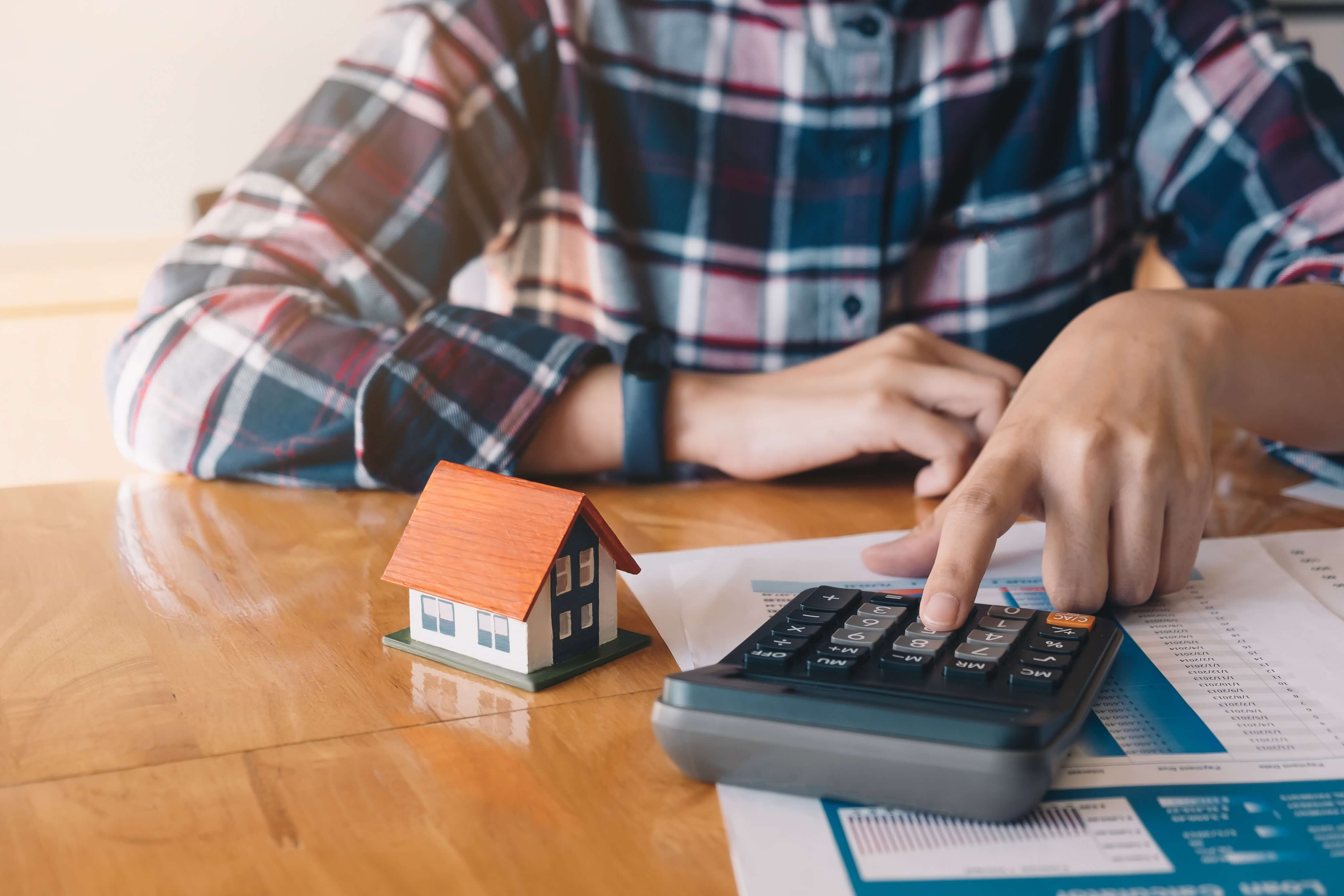 The Facts of Refinancing a Mortgage After Bankruptcy